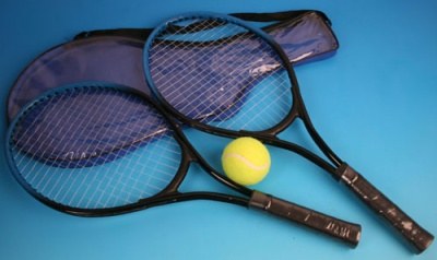 set of 2 tennis rackets